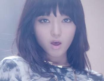 AOA Miniskirt チャンミ M V   YouTube.png